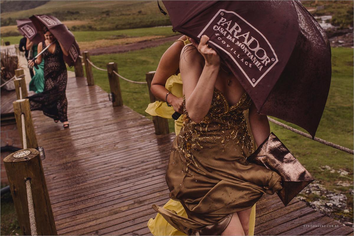 chuva na hora do casamento