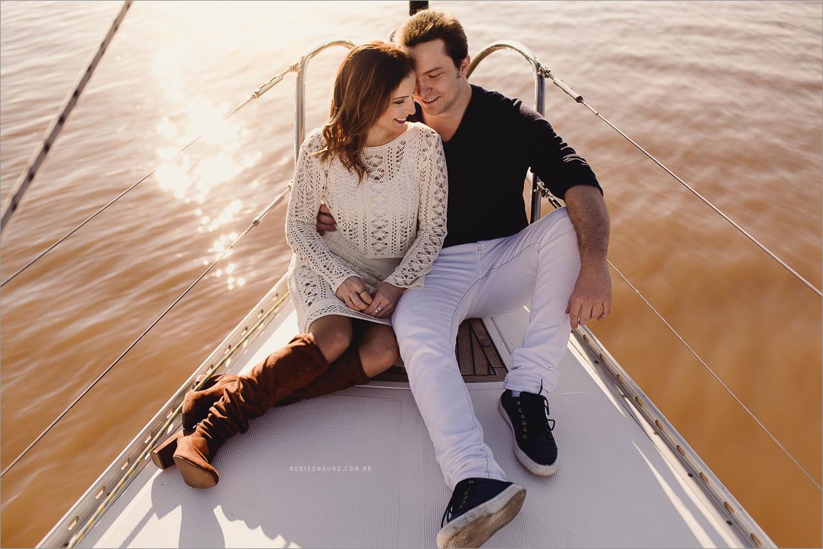 nathalia e bruno no veleiro