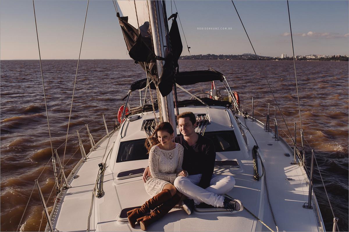 fotos de noivos no veleiro em porto alegre