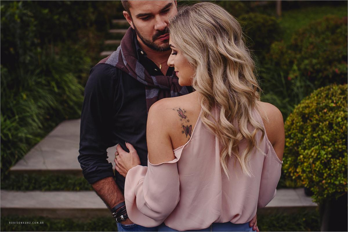 noiva com tatuagem