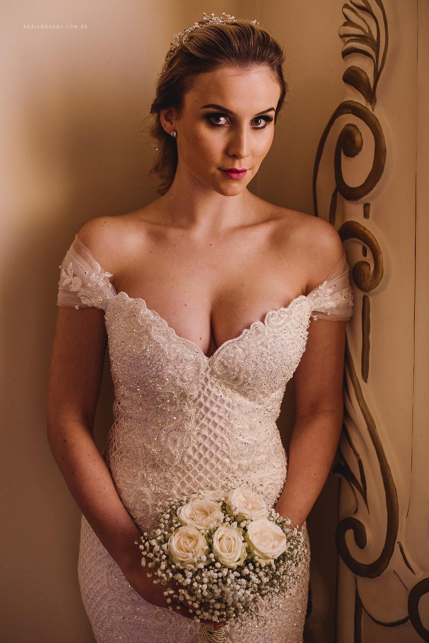 vestido de casamento decotado