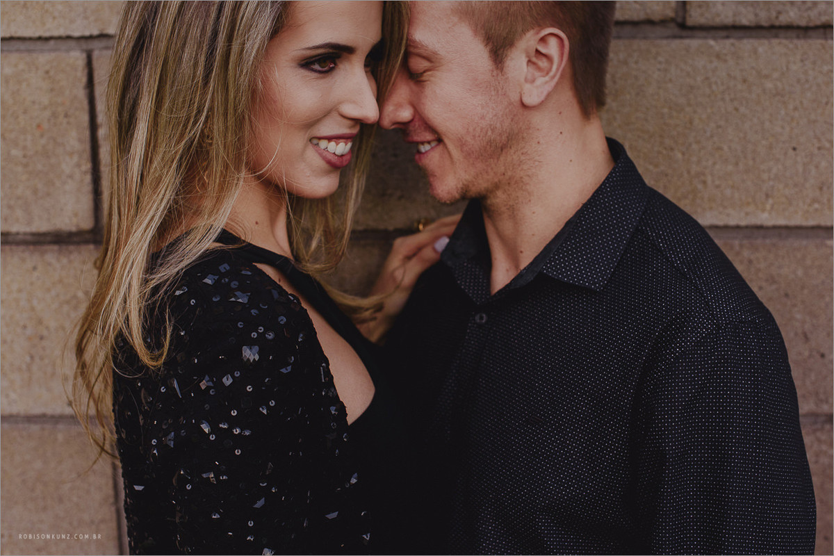 foto diferente de casal
