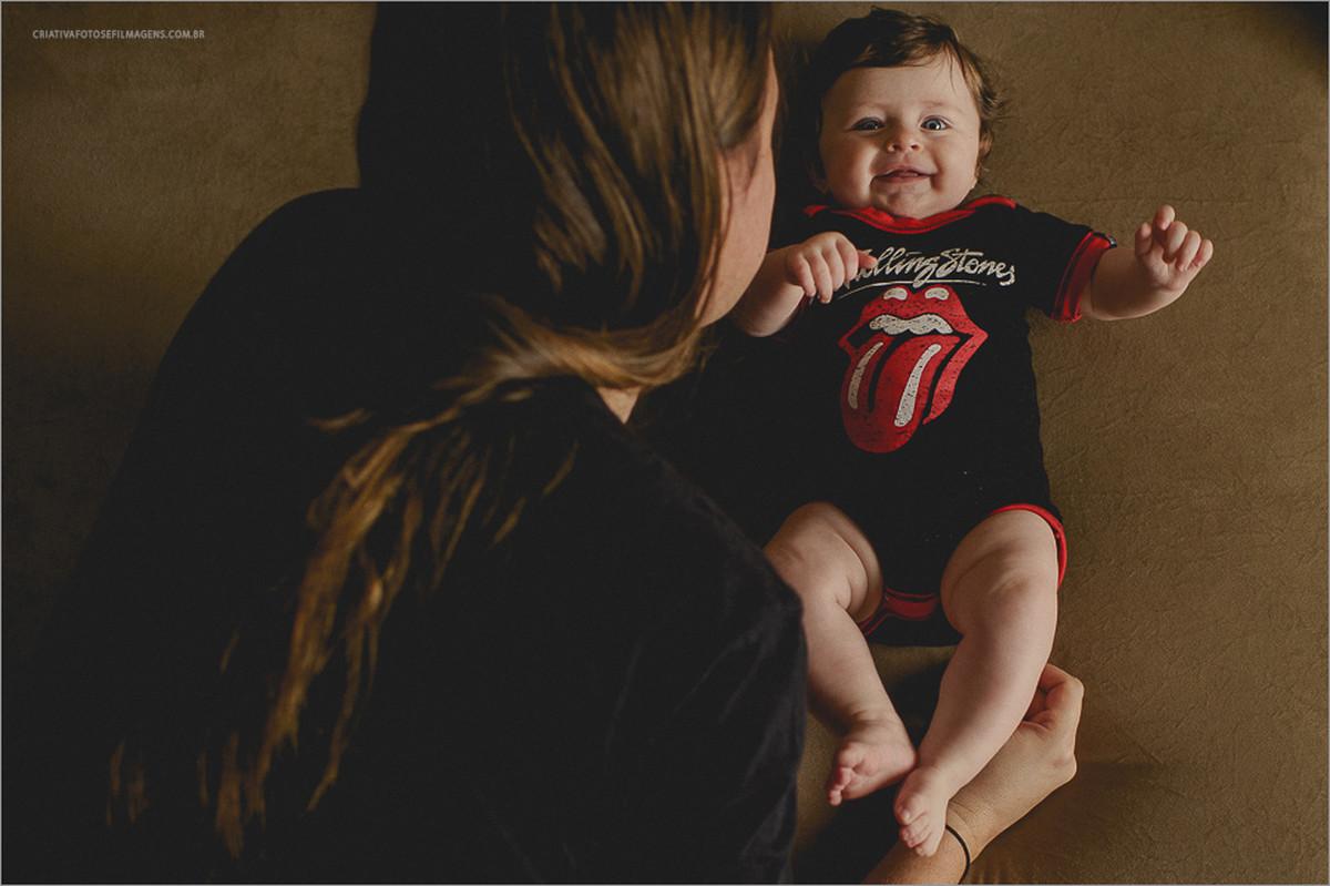 laura-5-meses-sessao-fotografica-infantil-fotos-de-familia-ensaio-de-familia-cassia-schmidt-nova-petropolis-serra-gaucha-fotos-de-criancas-em-casa-fotos-de-criancas-fotos-5-meses-robison-kunz-fotos-de-familia