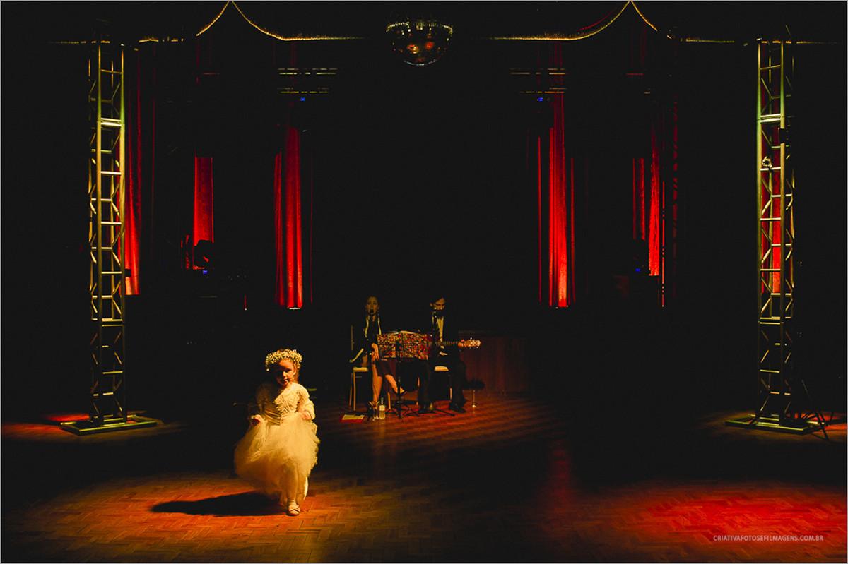 darlene-e-luís-casamento-nova-petropolis-casamento-nova-petropolis-serra-gaucha-robison-kunz-fotografo-casamento-rs-casamento-rs-fotos-diferentes-casamento-fotos-emocionantes-casamento-casamento-na-chuva-casamento-serra-gaucha