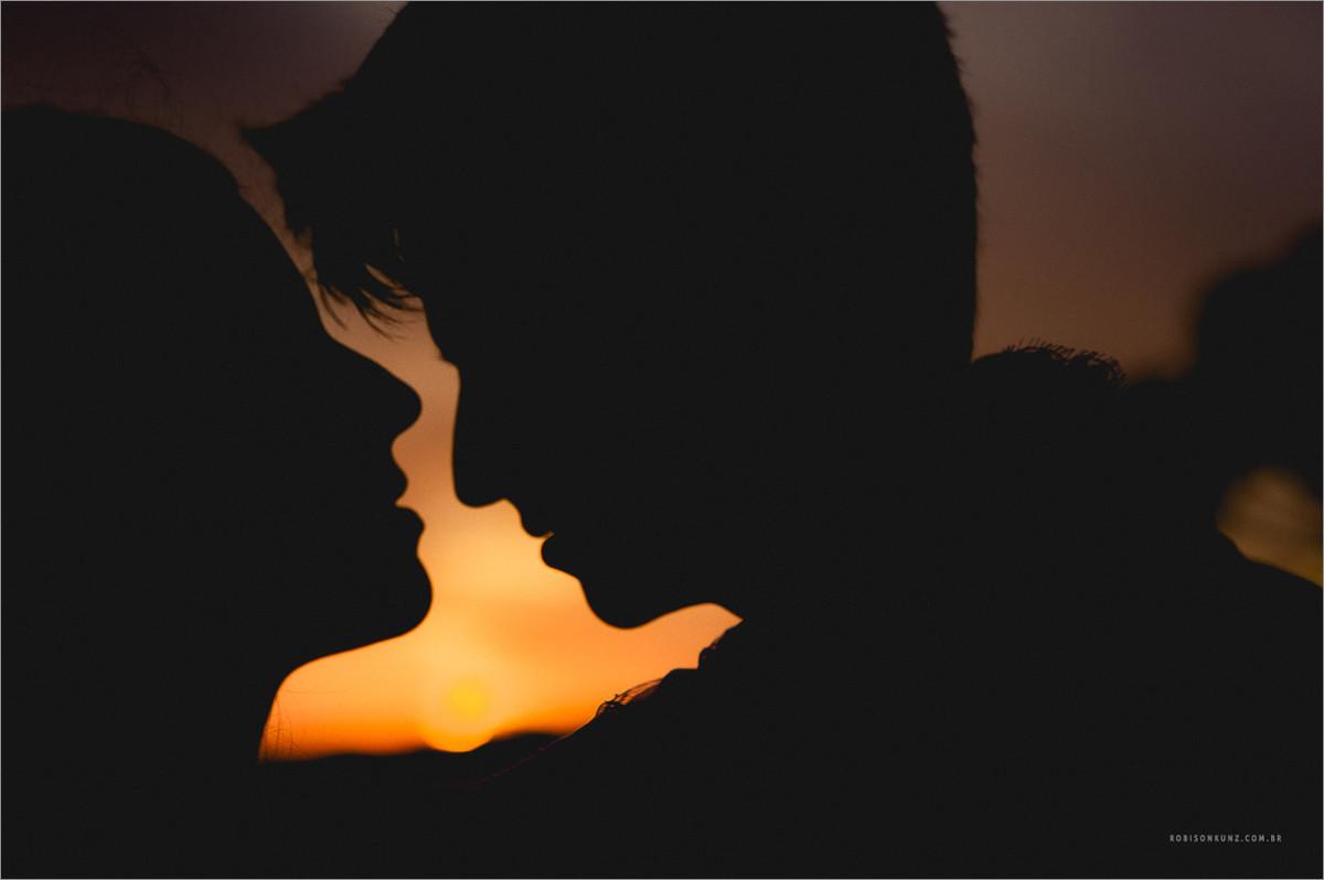 foto casal por do sol