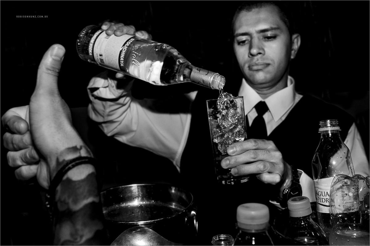 bar de drinks no casamento