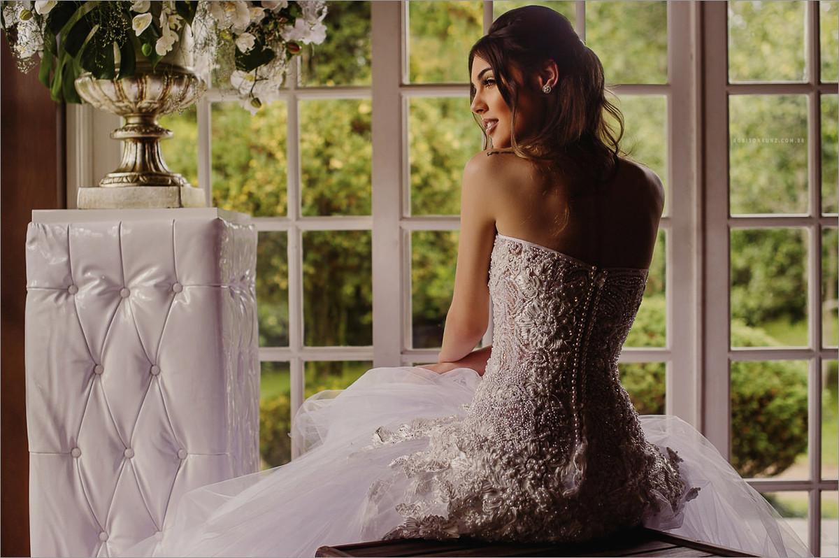 editorial de vestidos de noivas para a expansão noivas 2016