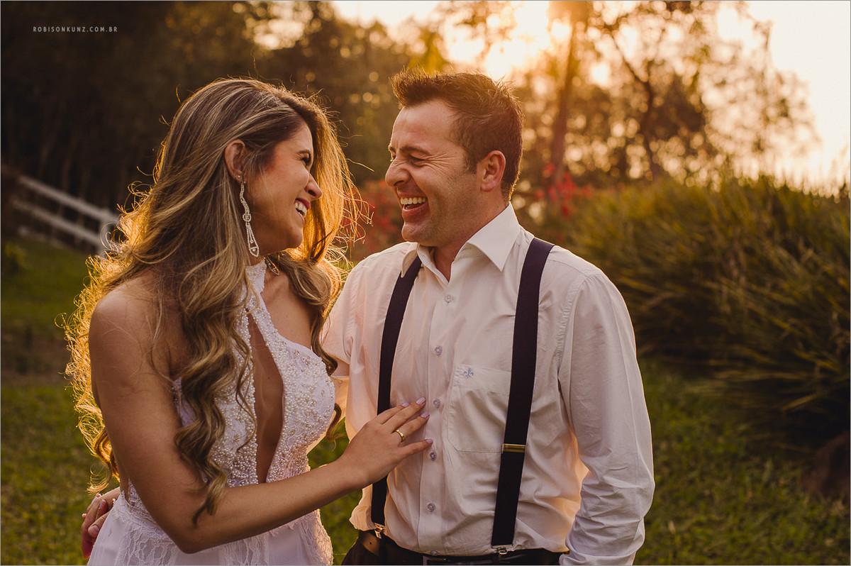 fotos de noivos no por do sol