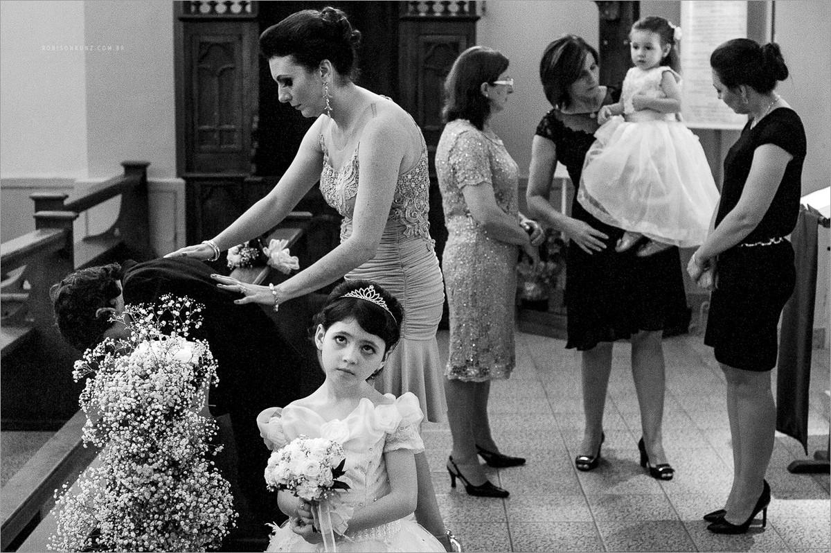crianças durante a cerimonia