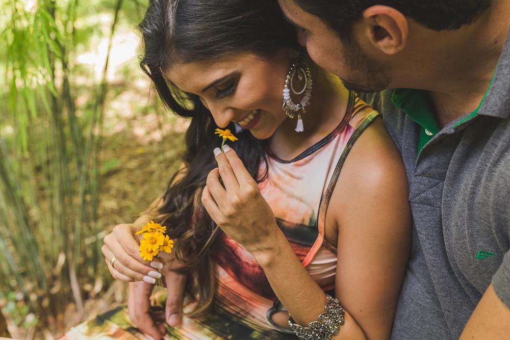ensaio casal noiva e a flor