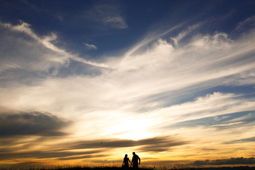 ensaio casal noivos no por do sol
