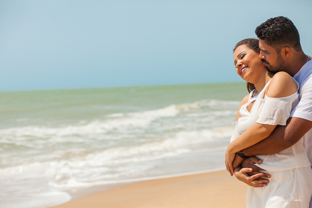 casal se abraçando Josie Nader fotografia Governador Valadares