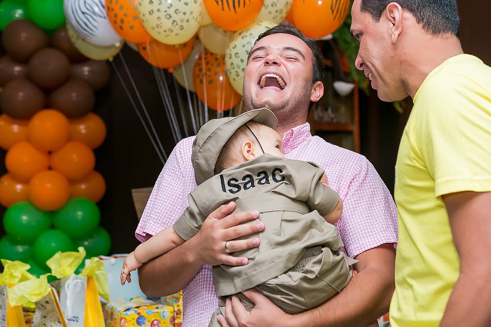 convidado rindo fotos de familia Governador Valadares