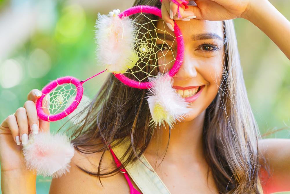Menina com apanhador de sonhos Governador Valadares book 15 anos