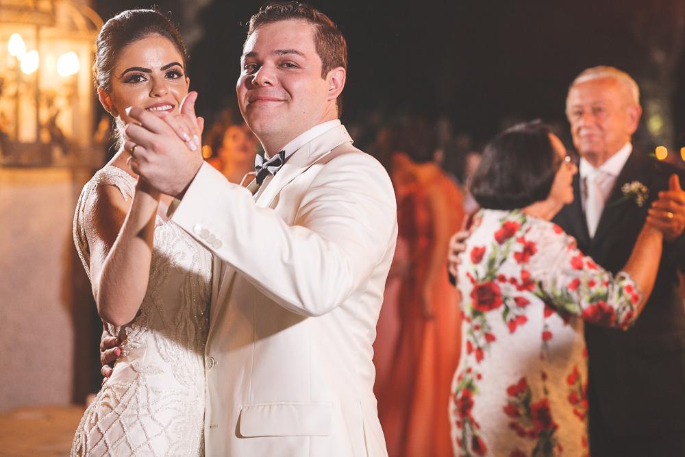 a primeira dança Fotos de casamento Governador Valadares Josie Nader