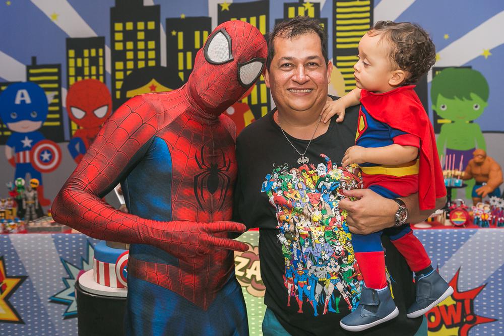 os homens e o home aranha fotos de familia Josie Nader Governador Valadares