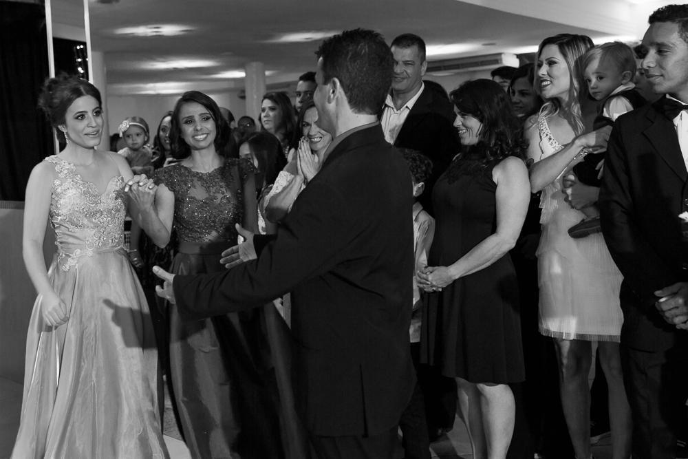 aniversario 15 anos, fotografia de familia, Josie Nader fotografia, aniversario 15 anos, debut, Governador Valadares, indo dançar com o pai