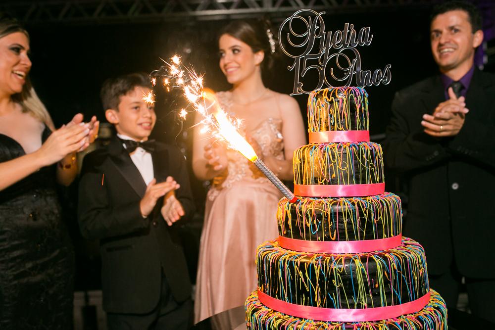 aniversario 15 anos, fotografia de familia, Josie Nader fotografia, aniversario 15 anos, debut, Governador Valadares, cantando parabéns