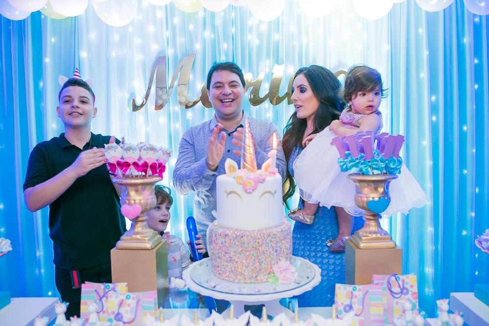 Josie Nader fotografia, Governador Valadares, aniversário menina, poney, fotografia de familia, Governador Valadares, cantando parabéns