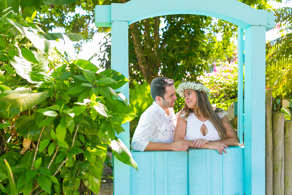 Josie Nader fotografia, Governador Valadares, fotografia de casamento, ensaio casal, ensaio externos, Governador Valadares noivos na janela