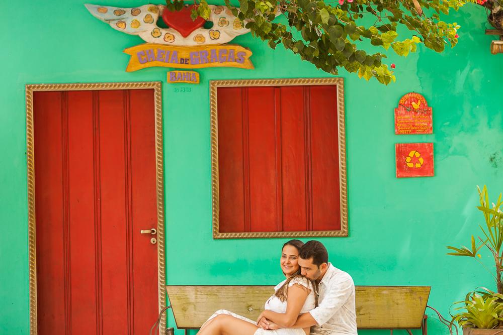 Josie Nader fotografia, Governador Valadares, aniversário menina, poney, fotografia de familia, Governador Valadares, noivos sentados emf rente uma casa