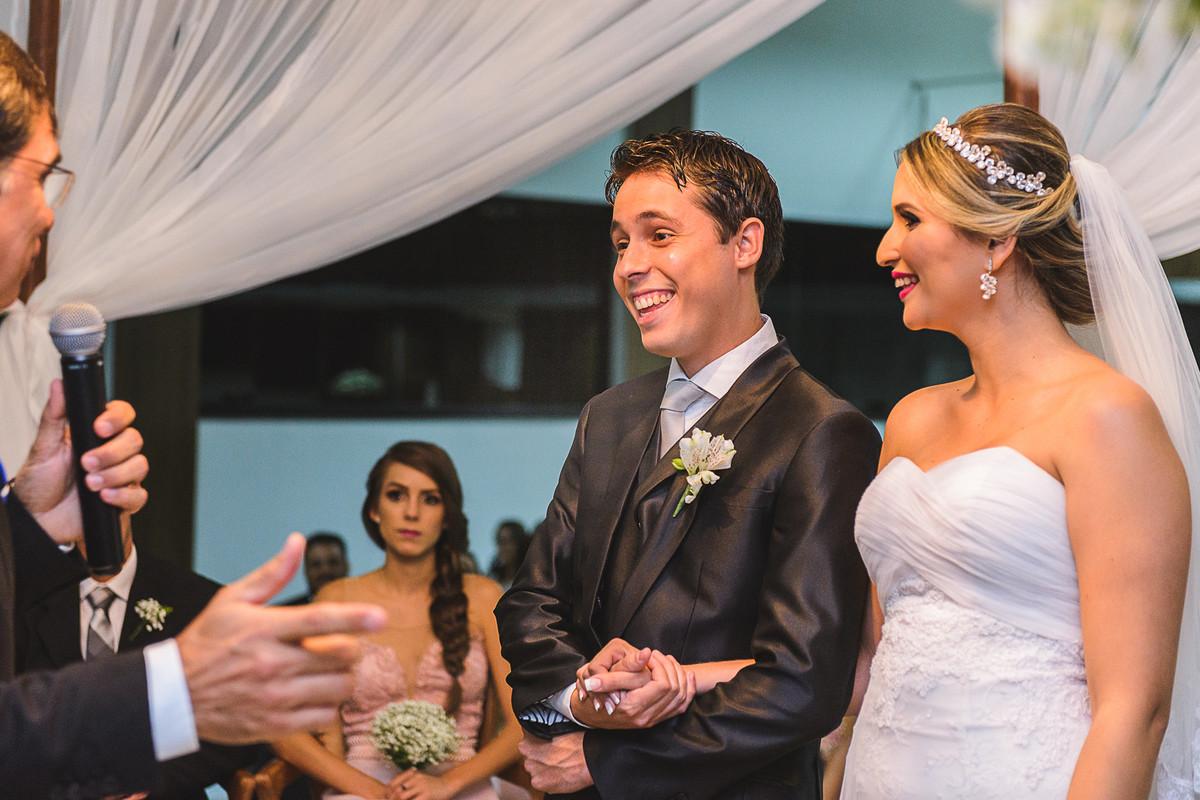 noivo sorrindo, Governador Valadares, Josie Nader,