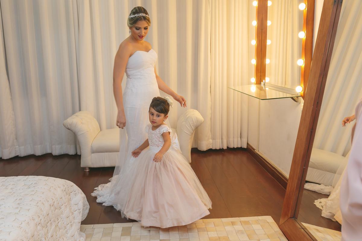 noivae a daminha, fotografia de casamento, governador Valadares