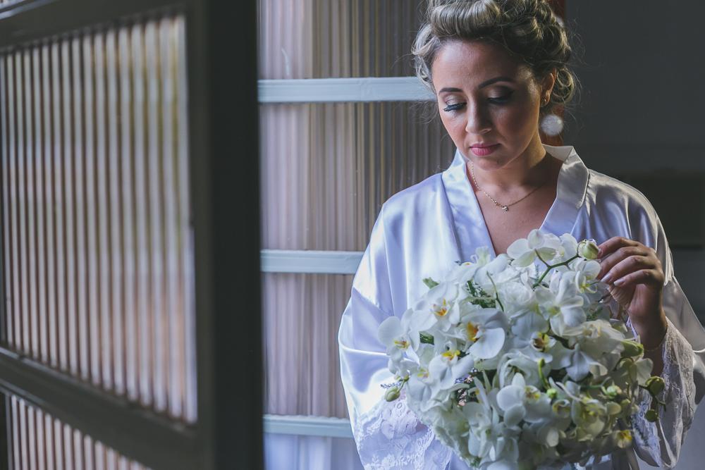 noiva na janela co mo blouqyet, fotografia de casamento, Governador Valadares, making