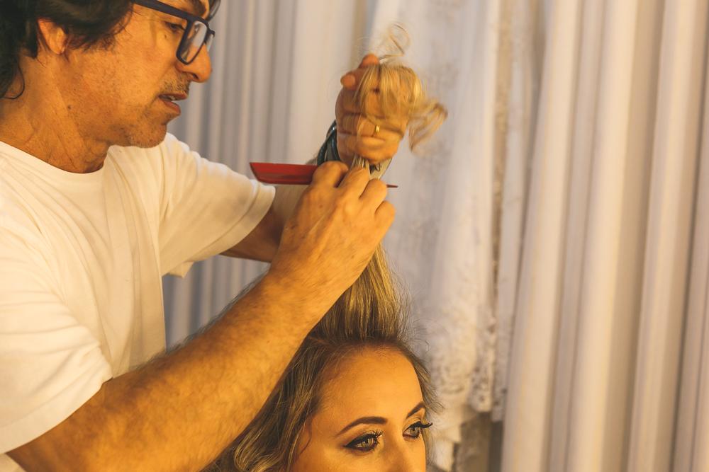 noiva e cabelereiro, fotografia de casamento, making noiva, Josie nader, Governador Valadares
