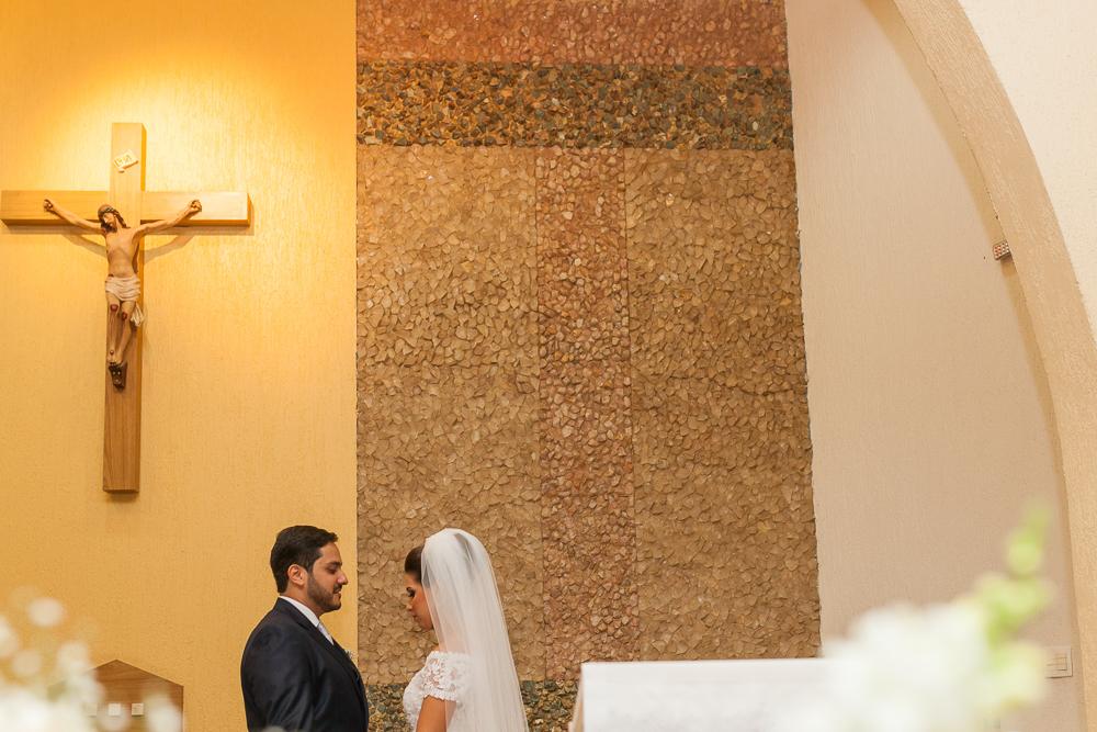 noivos no altar, Governador Valadares, Josie Nader