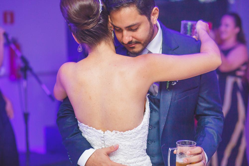 noivo dançandço, Josie Nader, Governador Valadares, fotografia de casamento