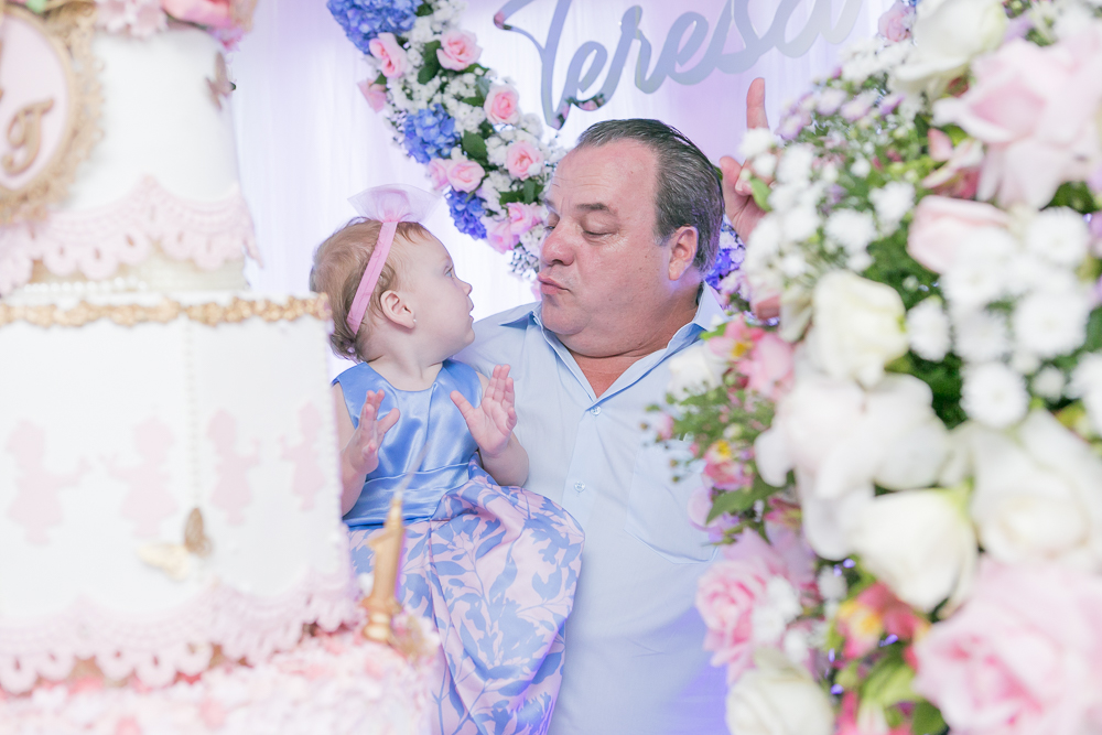 pai e filha mesa do bolo, Governador Valadares, aniversário infantil, Josie Nader