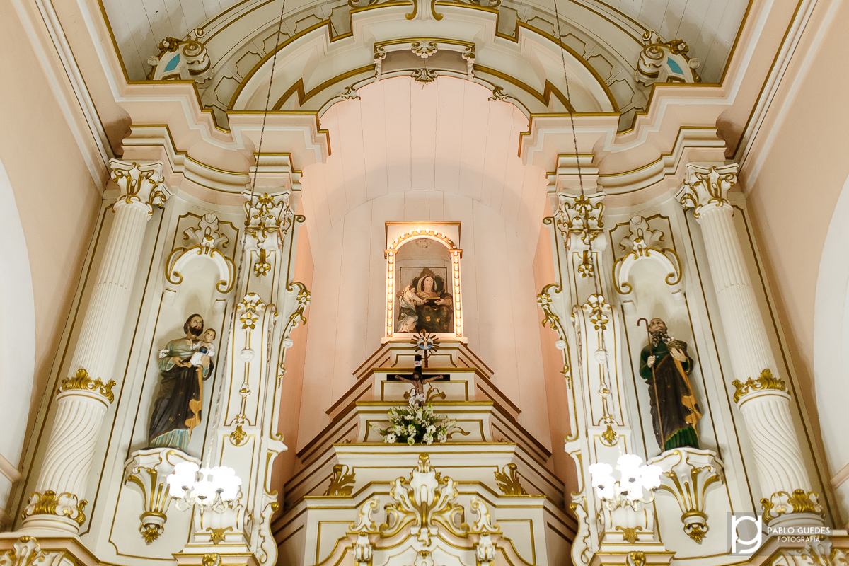 altar da igreja matriz em guaraciaba mg