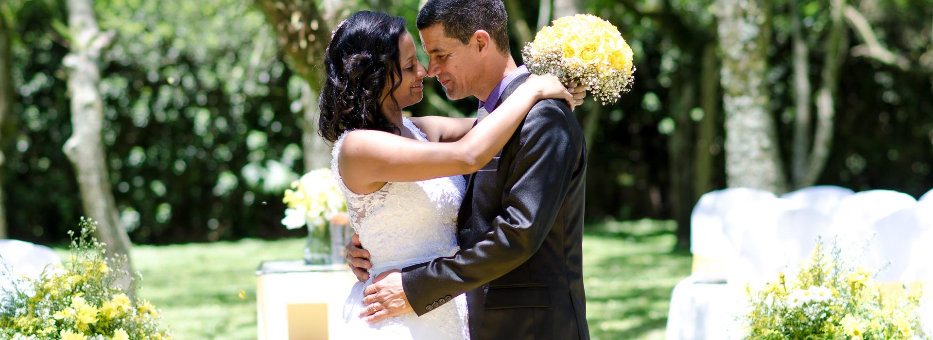 casamento de Bartolomeu e Adriana em Sitio Azaleia - Arujá SP