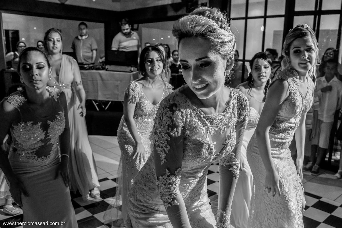 dança diferente da noiva para o noivo