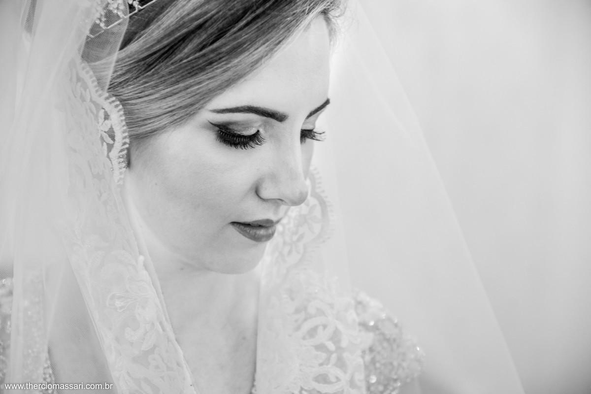 detalhes de uma noiva
