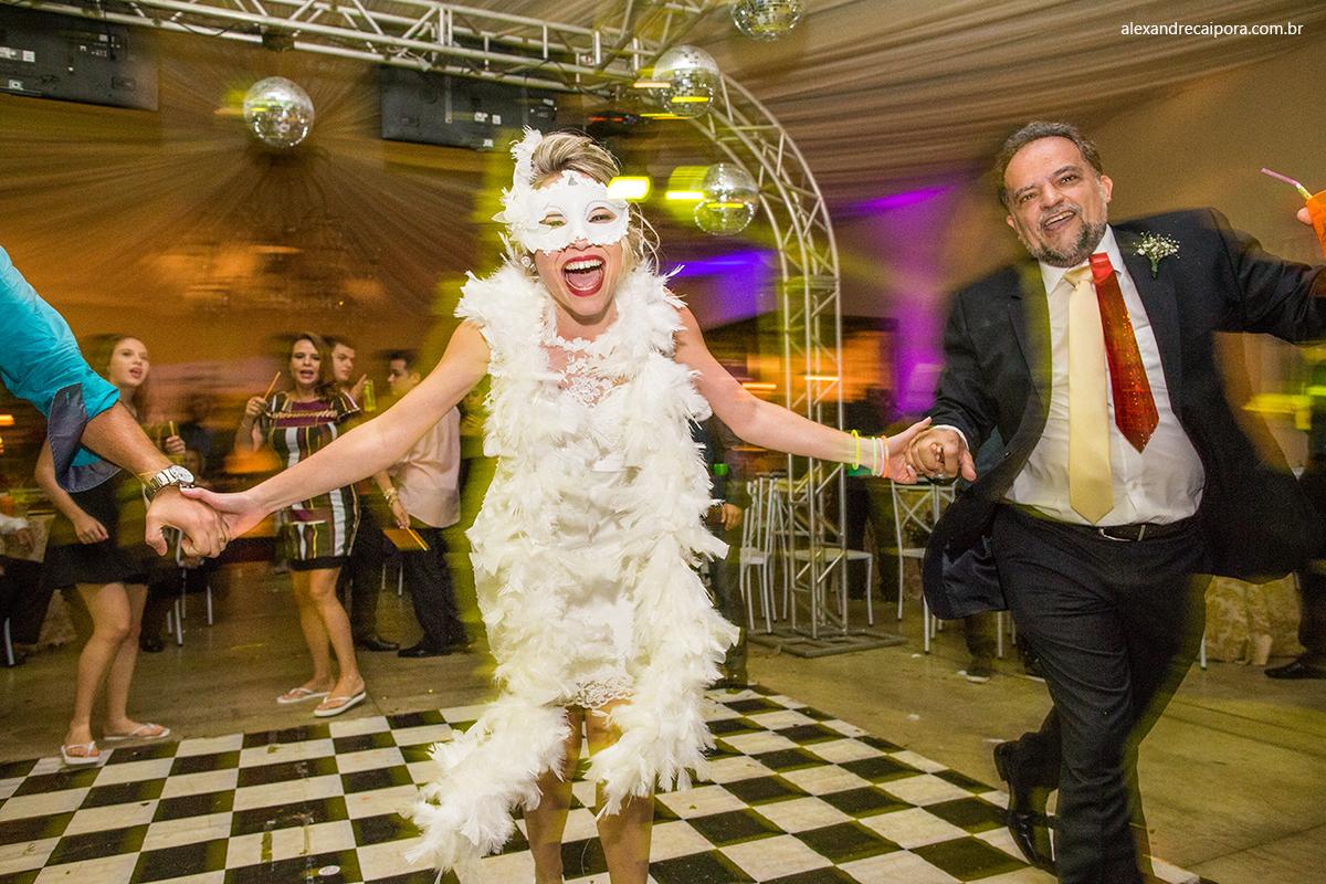 noiva-festa-pista-de-dança