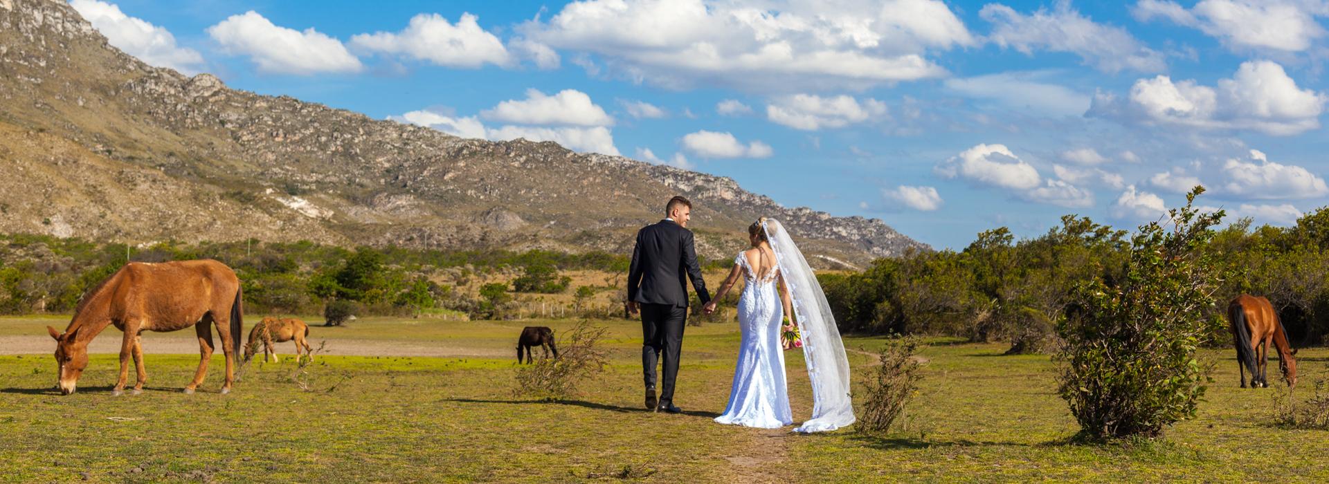 Casamentos de Maria + Marcus em Lapinha da Serra / MG