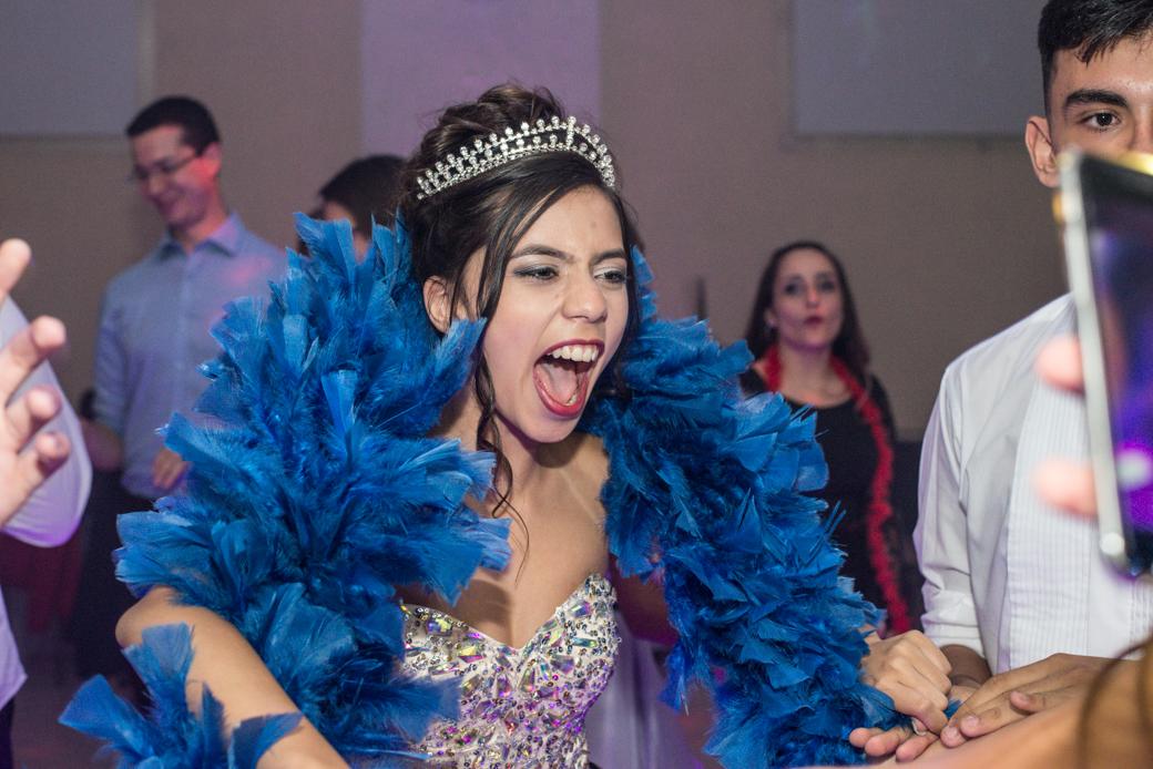 Aniversário 15 anos Sandra debutante festa camila kobata Buffet Kristal