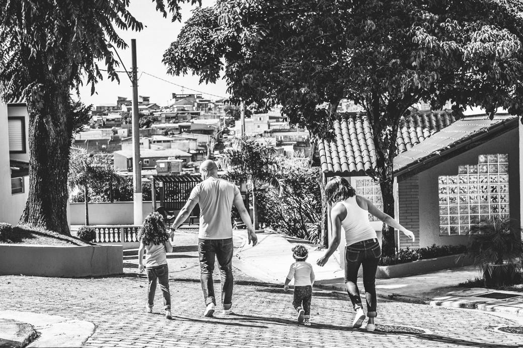 ensaio cotidiano familia mara vinicius sofia olivia comunidade da Graça