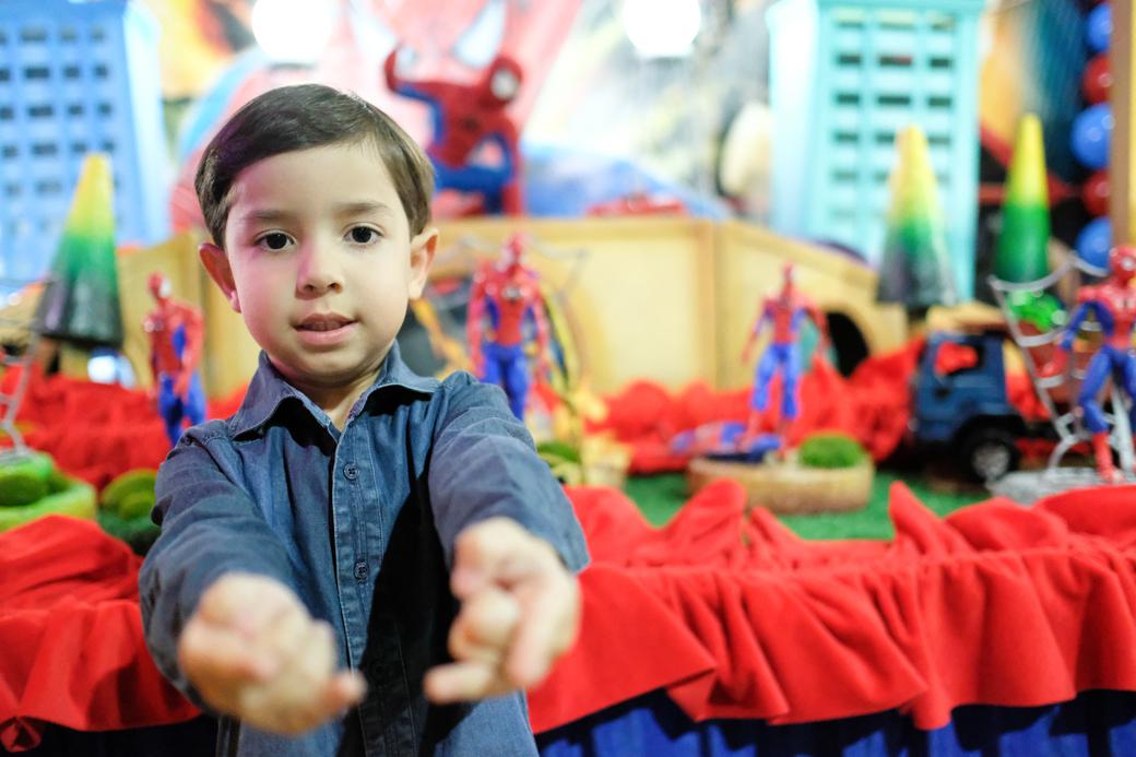 aniversario infantil fotografia camilakobata Planeta Kids Miguel 4 anos homem aranha