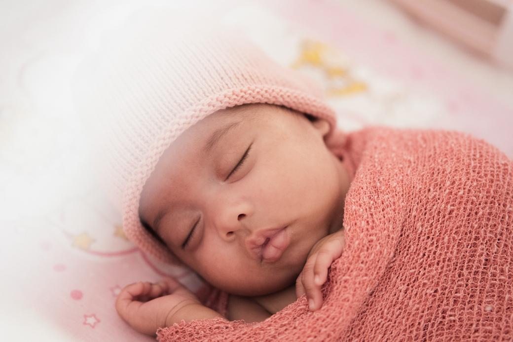 newborn lifestyle photography Eloah Camila Kobata infantil recem nascido