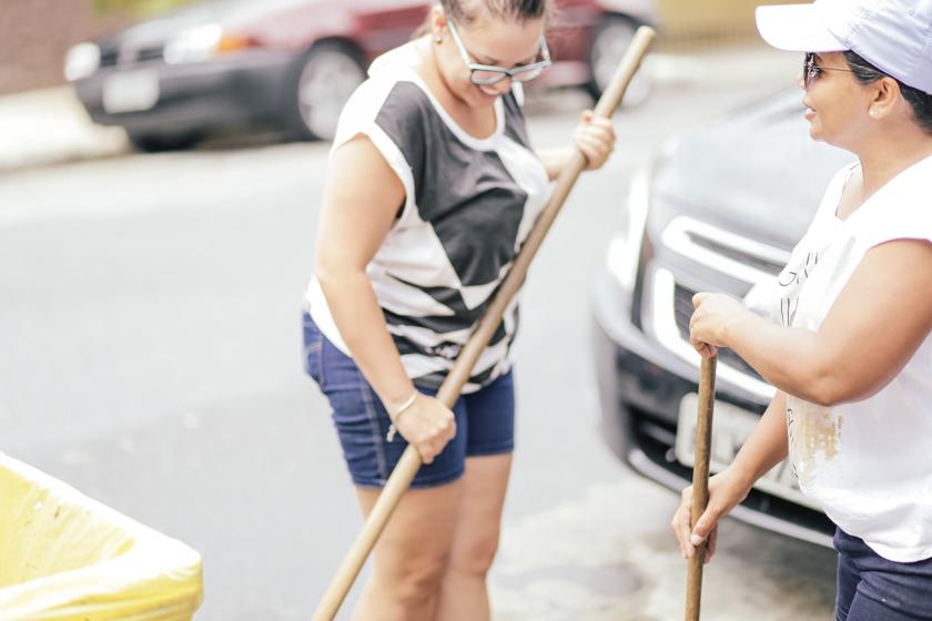 Trilhas Pedro Borel Comunidade da Graça Projeto MAG CamilaKobata Camila Kobata fotografia Guarulhos Carnaval Samuel Mendonça Limpeza