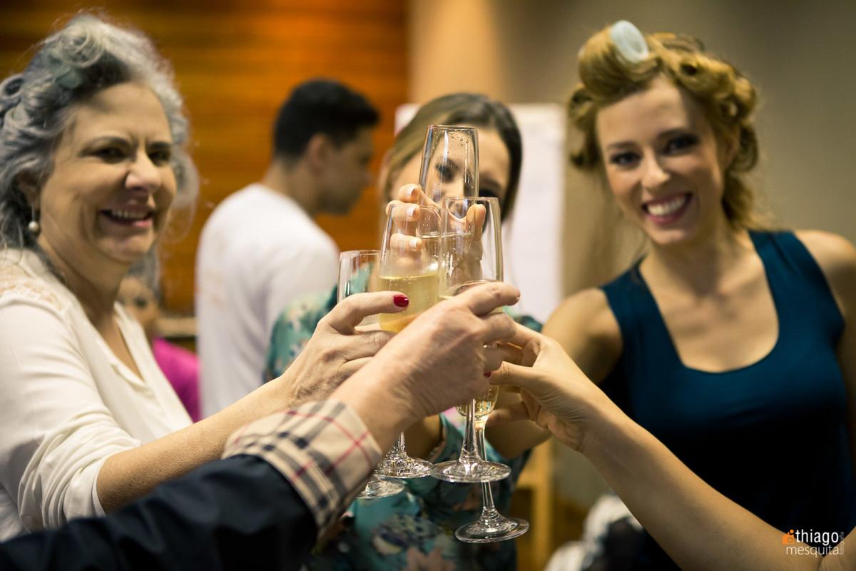 brinde no making of da noiva, Fotografo Thiago Mesquita