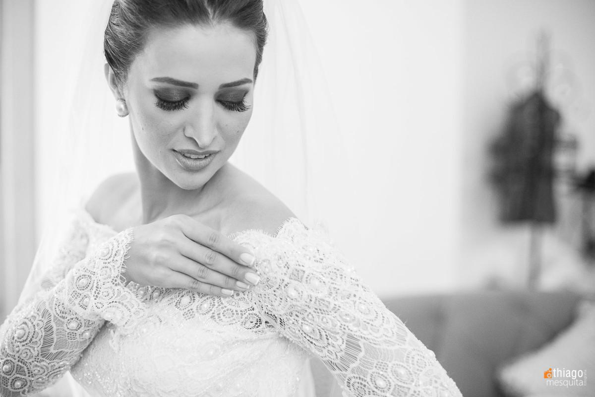 Noiva Danielle em preto e branco, making of em Brasilia, Thiago Mesquita Fotografia Uberlândia