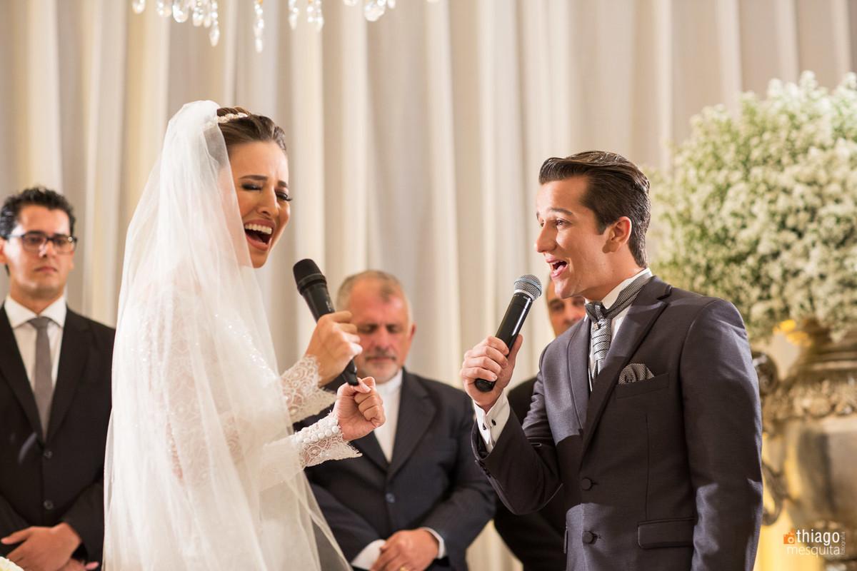 Cerimônia de casamento dos noivos Danielle e Raphael, registro do fotografo Thiago Mesquita