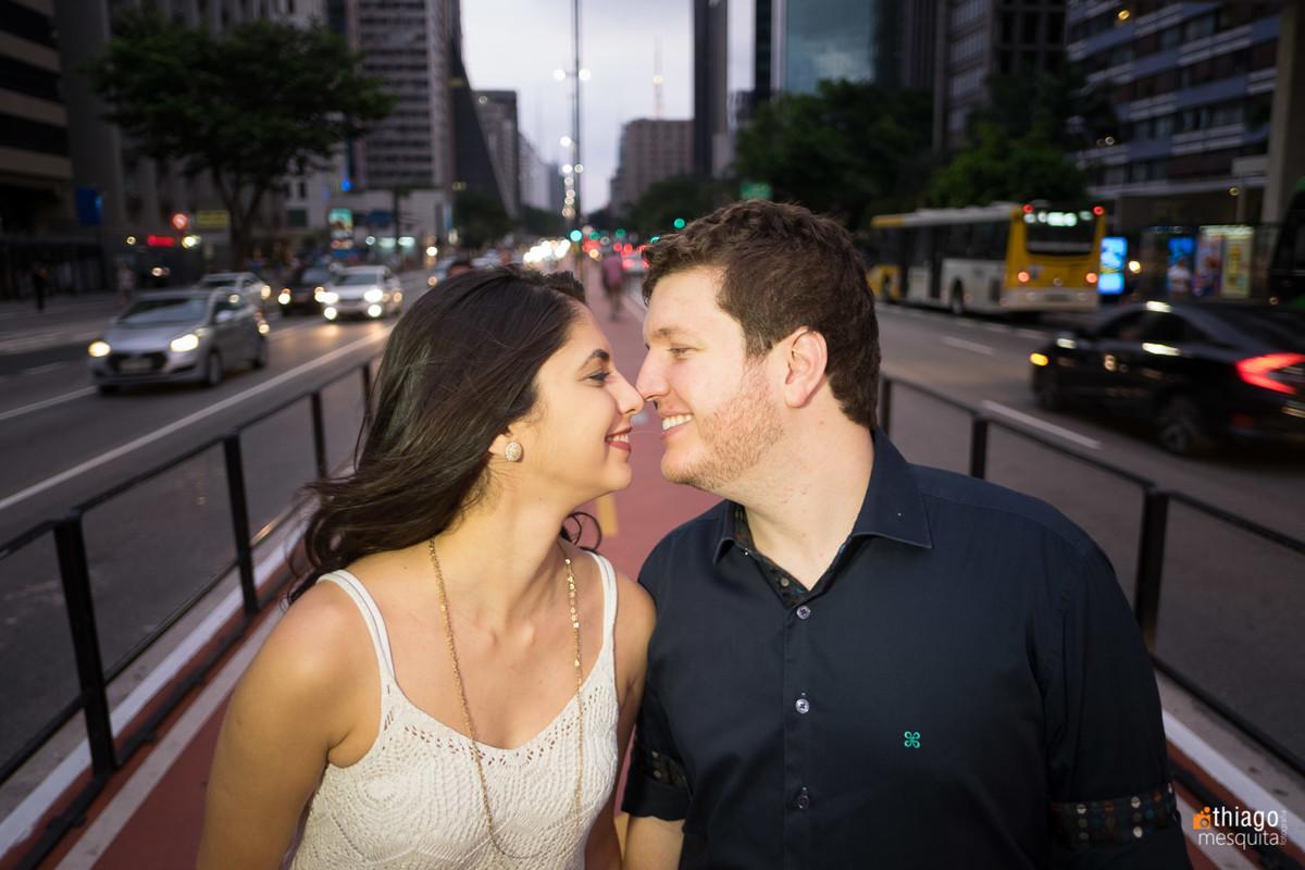 Ensaio de Casal em avenida de São Paulo