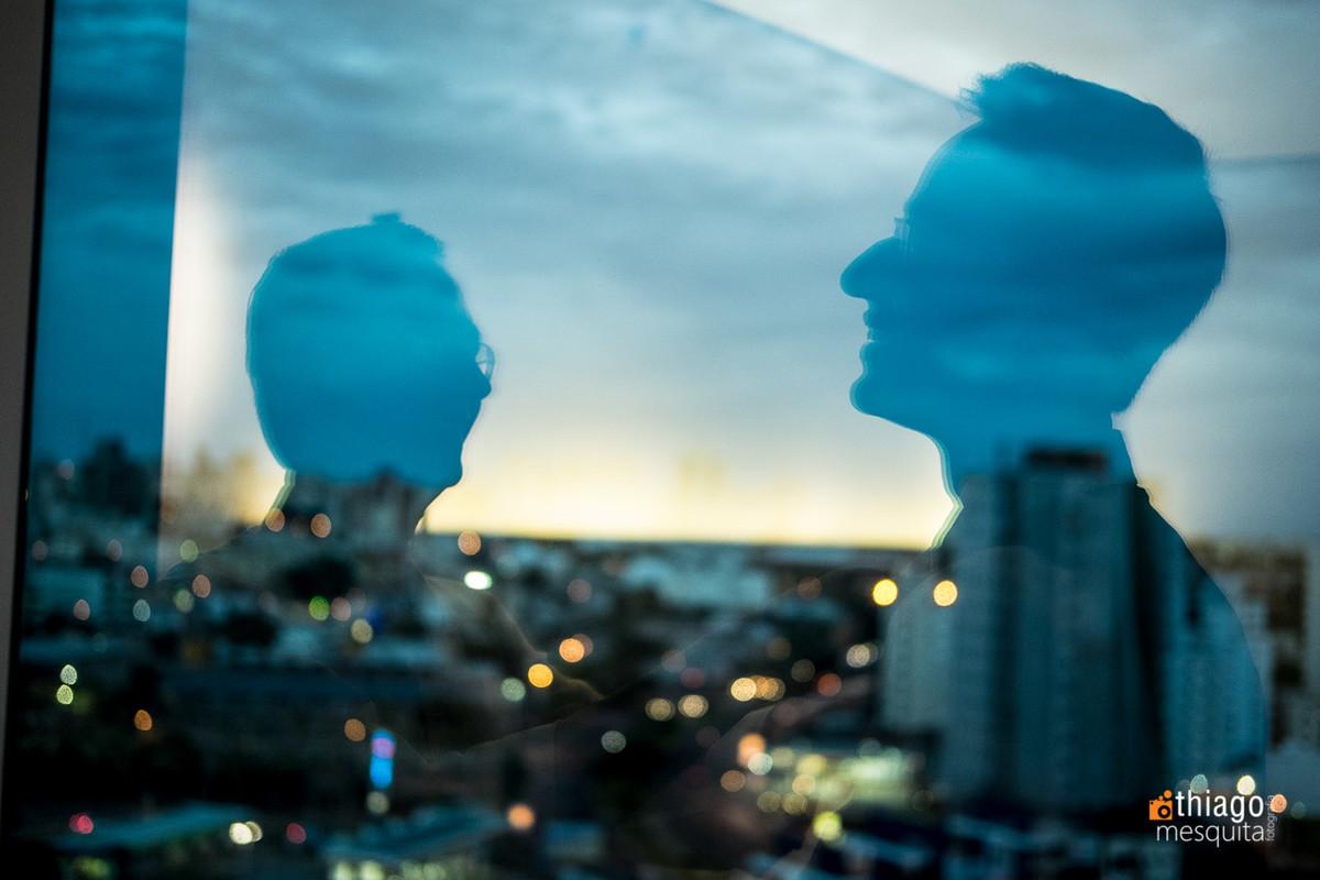 reflexo no vidro no hotel presidente em Uberlândia
