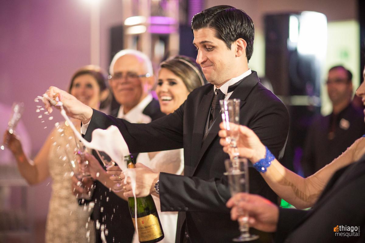 brinde do casal