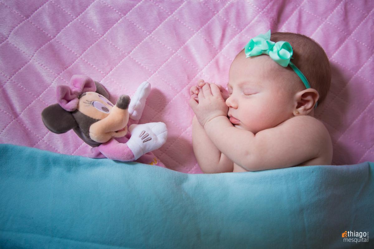 newborn com a miney